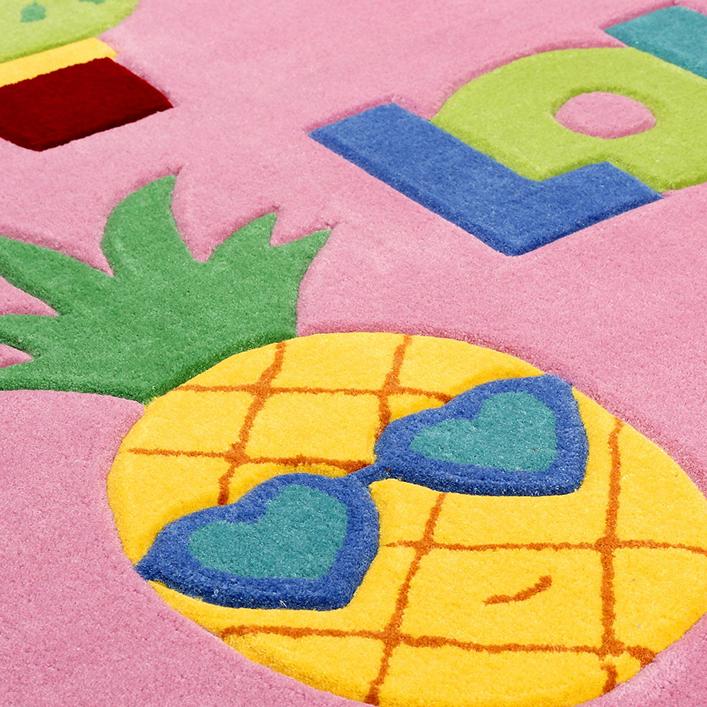 doodle-carpet_slider-fotosFunnyDoodlePatches-3
